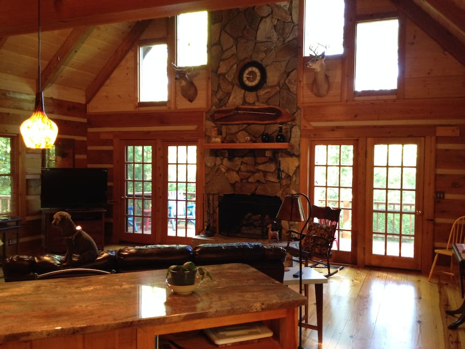Luxury log cabin with all the features you would expect