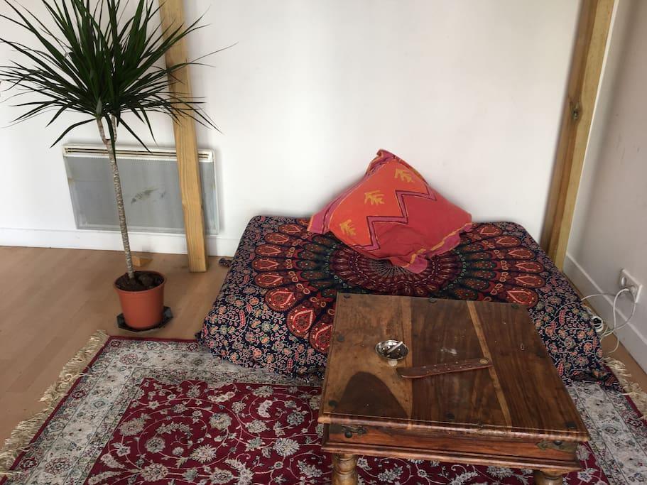 salon privatif dans la chambre
