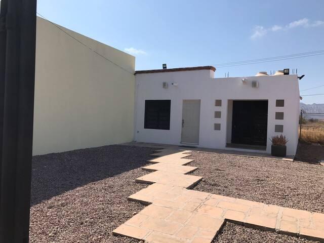 Se renta casa en San Carlos