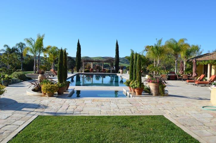 Tuscan Poolside Retreat!