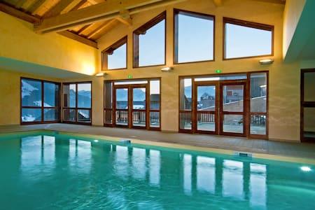 Appartement abordable à 500m du télésiège du Chozal | Accès Piscine + Sauna