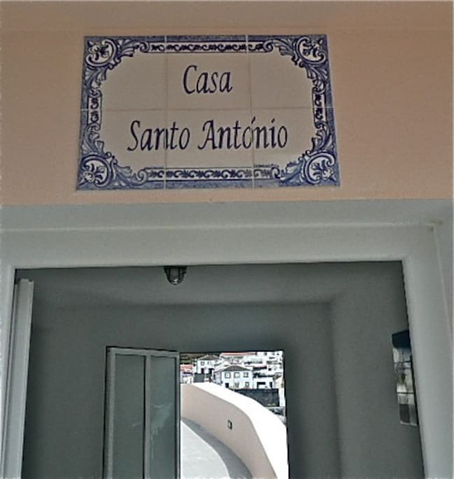 Enter Casa Santo Antionio.