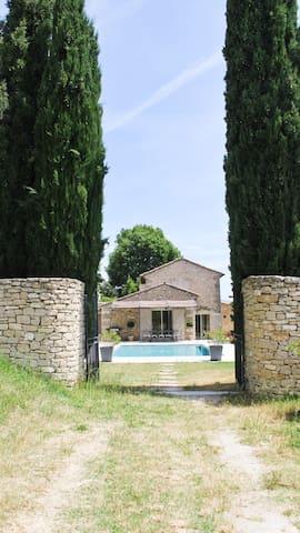 Ancienne bergerie  en Provence  - Joucas