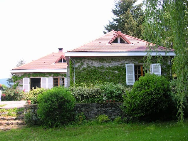 A vintage house in the mountains! - Saint-Martin-d'Uriage - House