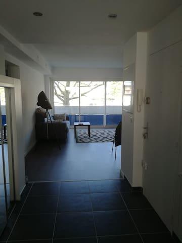 Petite chambre en plein centre - Tarbes - Apartemen