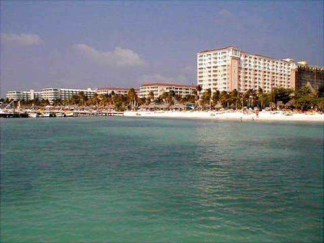 Marriott's Aruba Surf and Ocean Clubs Resorts 3