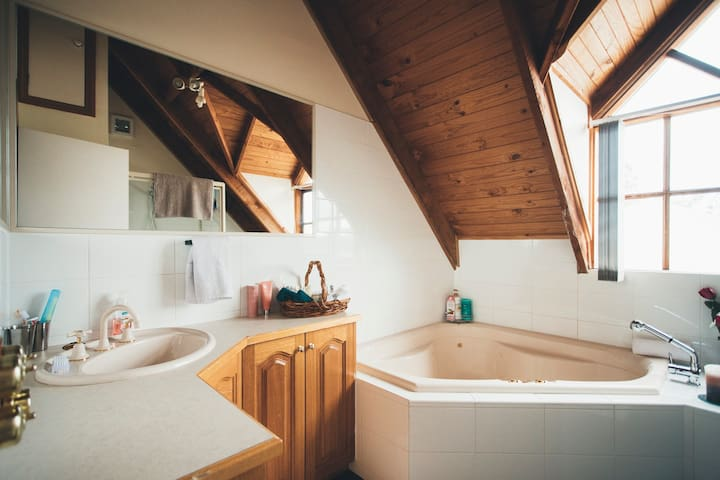 Private Bathroom with Spa bath