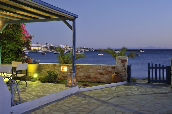 Beachfront studio for 3+kitchen No8 - Aliki - Bed & Breakfast