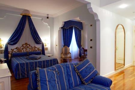 Villa Il Patriarca - Suite Fellini - Chiusi