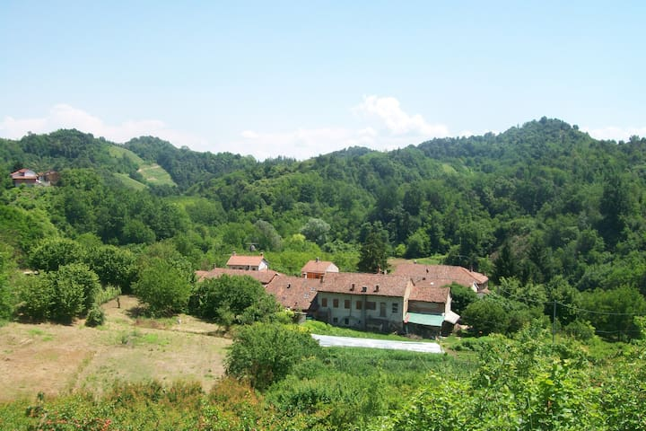 Vacanze in Roero - camera & bagno - Montaldo Roero - Hus