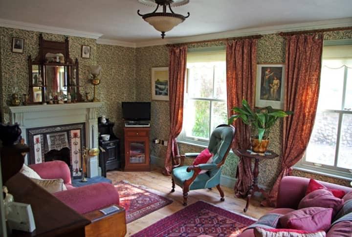 Albion Cottage, a Victorian Gem