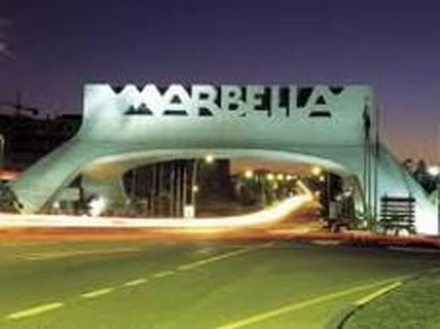 INCREÍBLE vacaciones en MARBELLA - Márbella - Flat