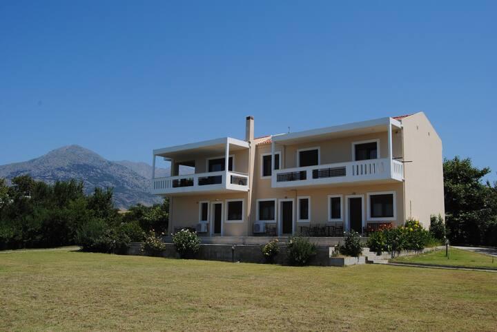 Διαμέρισμα πάνω από τη θάλασσα ,Kamariotissa