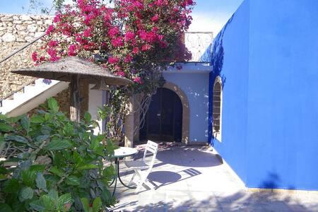 Suite, dans maison beldy - Ghazoua
