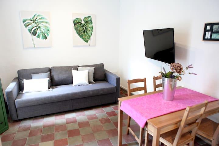 9.M. Apartamento muy cerca del centro de Sevilla.