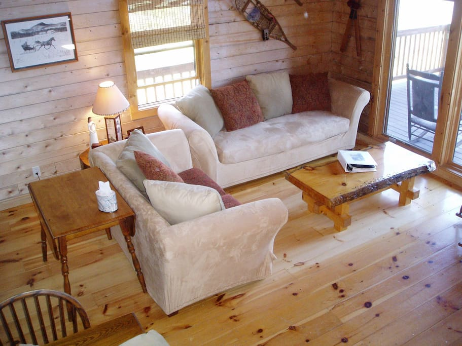 New lakefront log home chalets louer wilmington for Canape wilmington