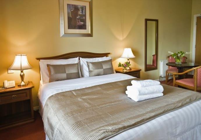 Maol Reidh Hotel, Connemara.