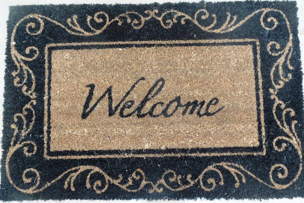 Willkommen :-) Welcome :-) Bonjour :-) Buenos Dias :-)