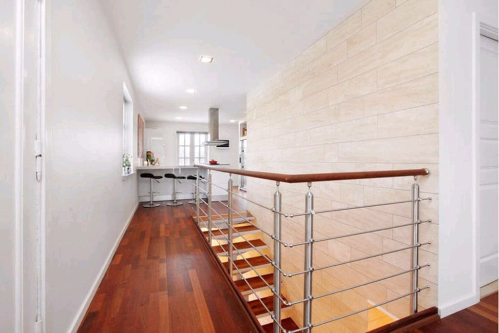 Access to basement floor, bedrooms and spa