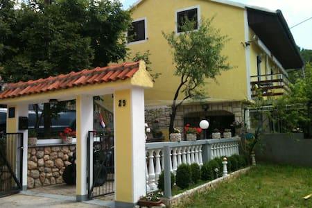 Apartments Neda - Lukovo Otočko