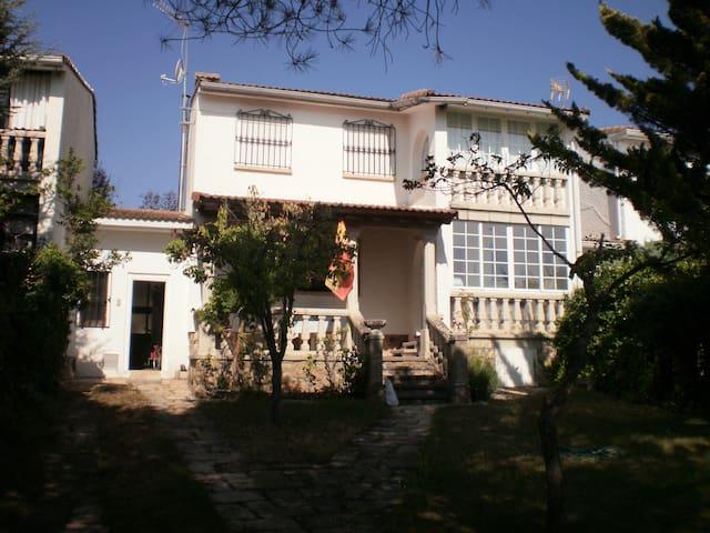 Casa en Miraflores de la Sierra. - Miraflores de la Sierra - Hus