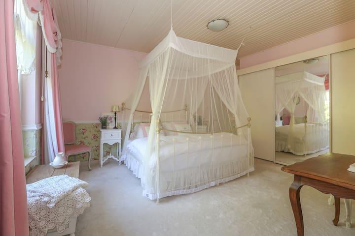 Bridal Suite... La Maison Rivière - Budel-Dorplein - Inny