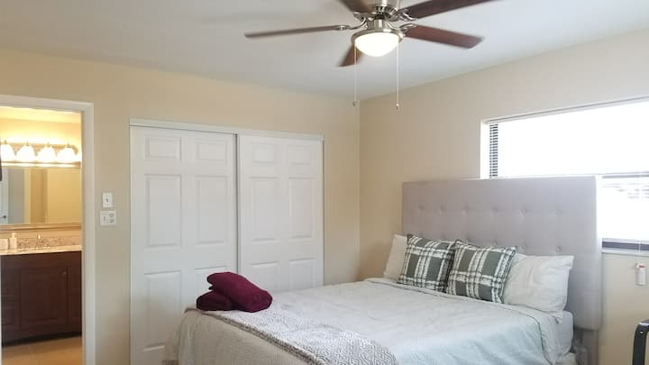 MASTER BEDROOM ENSUITE 2MINS TO ALTAMONTE MALL