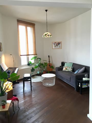 Apartment Antwerpen Zuid (min. 2 weeks)