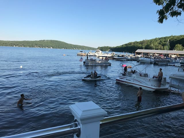 Ultimate Stay for a Family on Lake Winnipesaukee