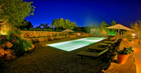 Casa Calma Ibiza. Ibiza holliday villa with pool