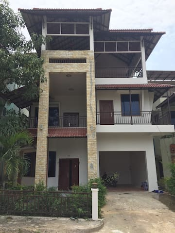 BS Holiday Villa - Krong Preah Sihanouk - House