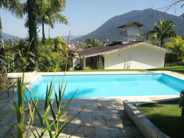 Casa com Piscina - Praia da Lagoinha