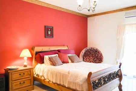 Lovely Private Rooms in Marsaskala - Marsaskala