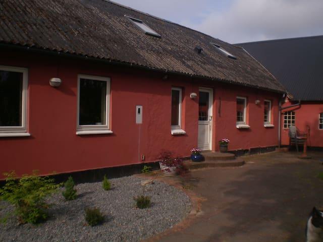 Hus nær Himmerland golfcenter - Farsø - House