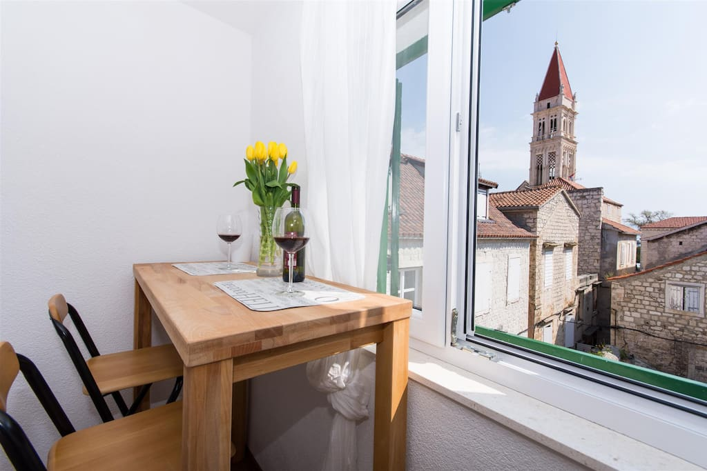 T-place studio apartment Trogir with terrace