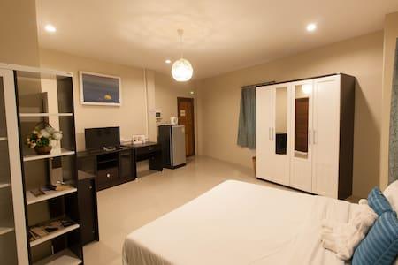 Sirin house Krabi town room 3