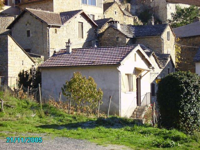 Maison individuelle Gorges du tarn - Mostuéjouls - Haus