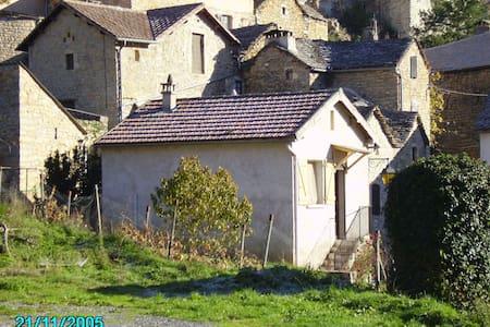 Maison individuelle Gorges du tarn - Mostuéjouls - Huis