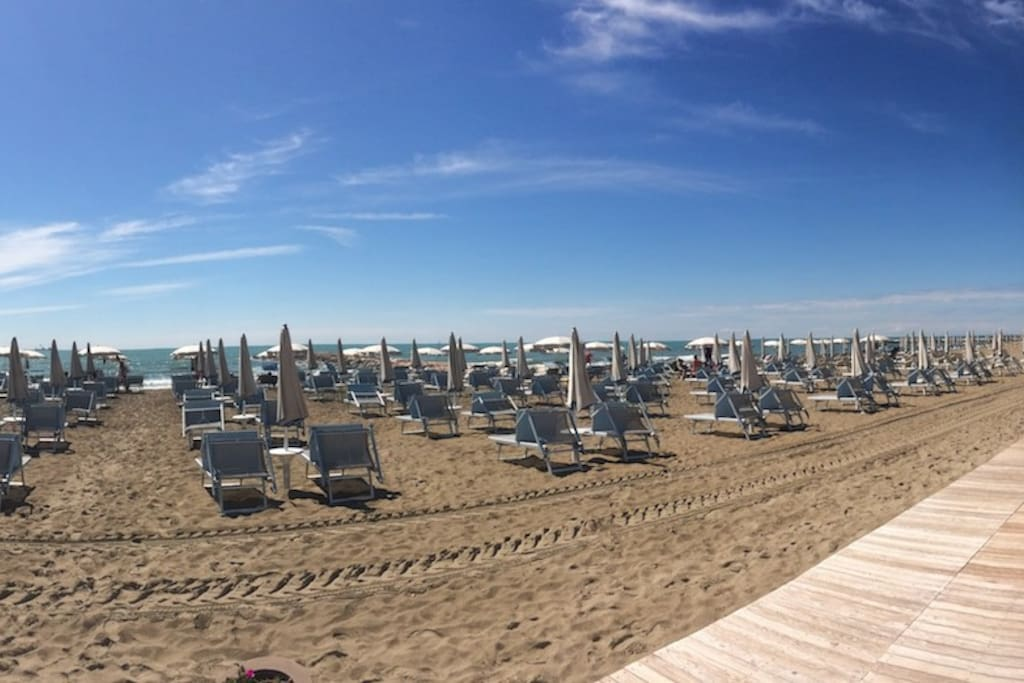 Posto riservato in spiaggia incluso ! - Place reserved on the beach included !