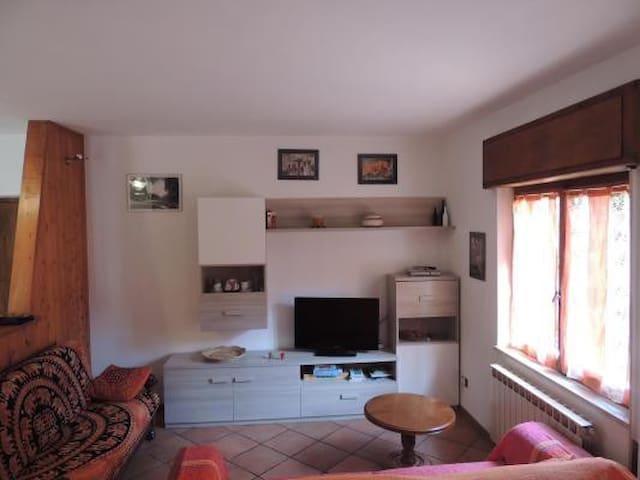 Casa con vista montagne a Ledro