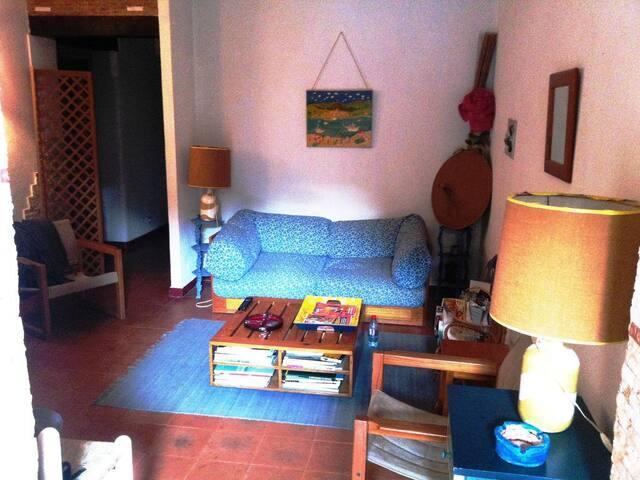 Charmant appartement+jardin à Gigaro à 100m plage