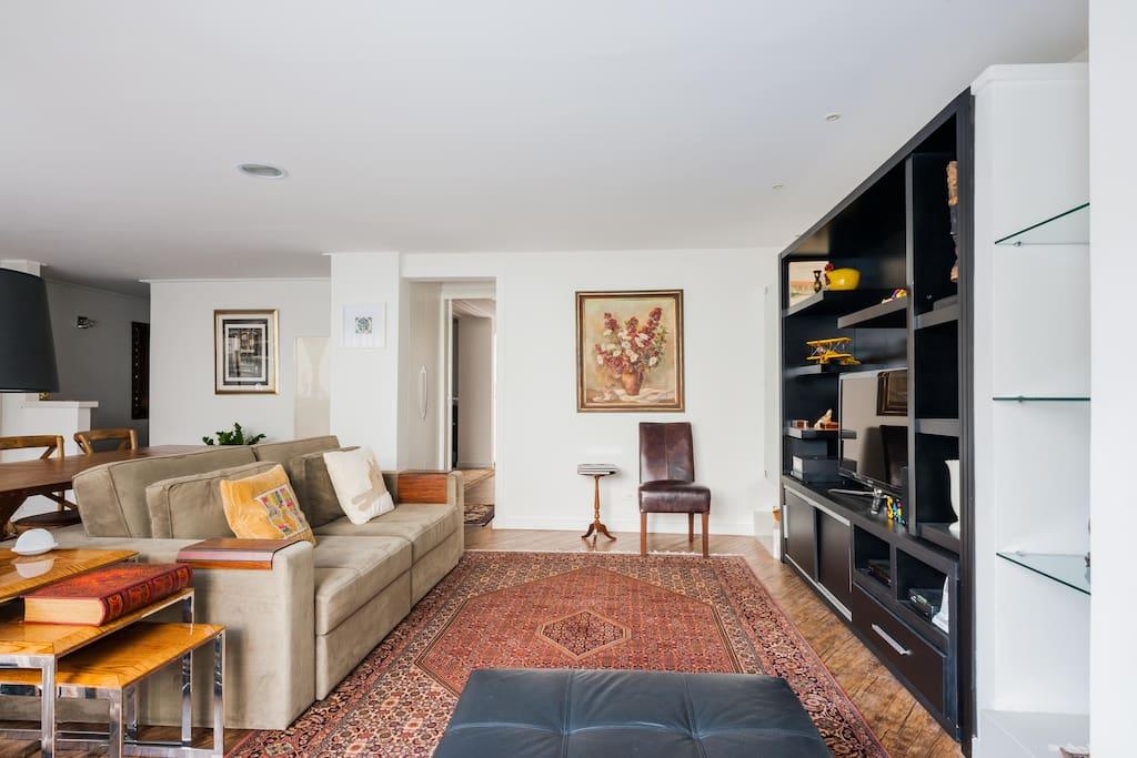 Apartamento moderno: sala integrada à cozinha