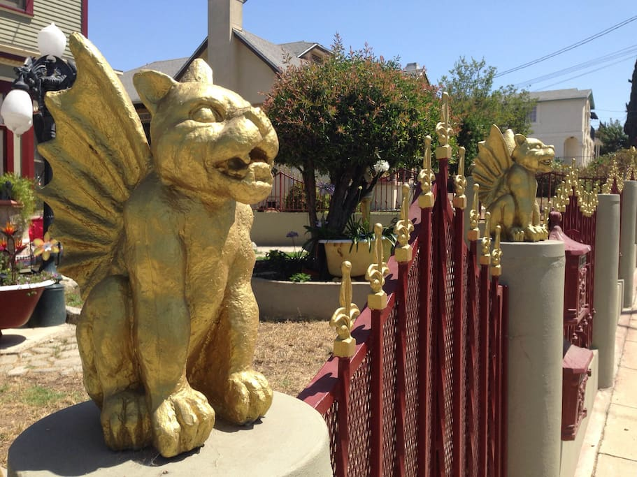 The golden gargoyles are here to protect the house! They'll make you feel right at home.