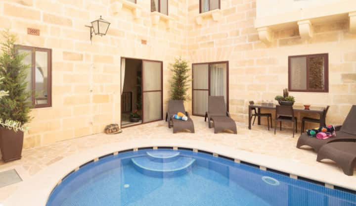 BED & BREAKFAST 6 BEDS & POOL