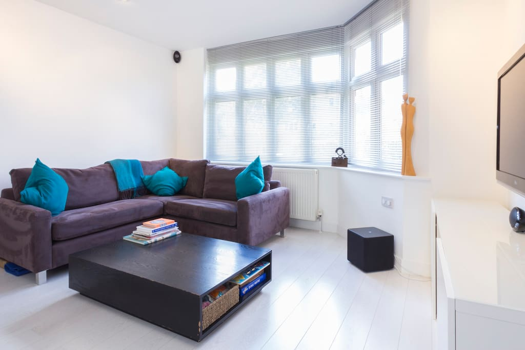 TV/sitting space with extremely comfortable sofa!