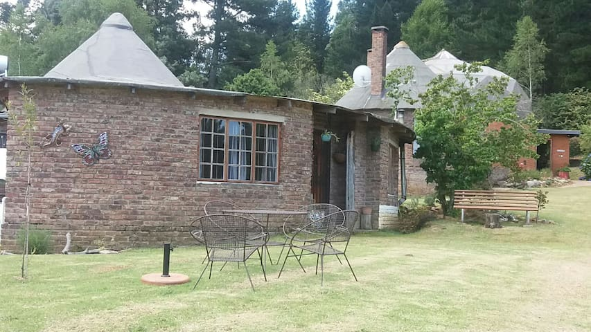 Loerie Cottage @ Athanor, Romantic and cozy