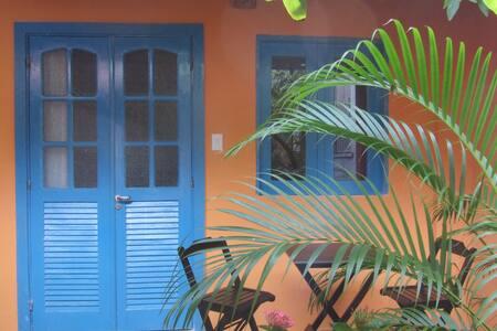 Suite n°2 na casa do vizinho - Itaparica