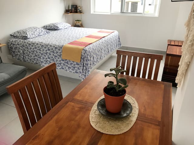 Private and Very Cute Loft in DT Cancun!