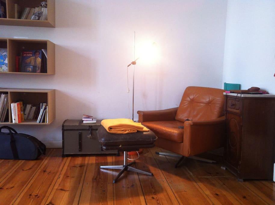 A nice sitting corner.