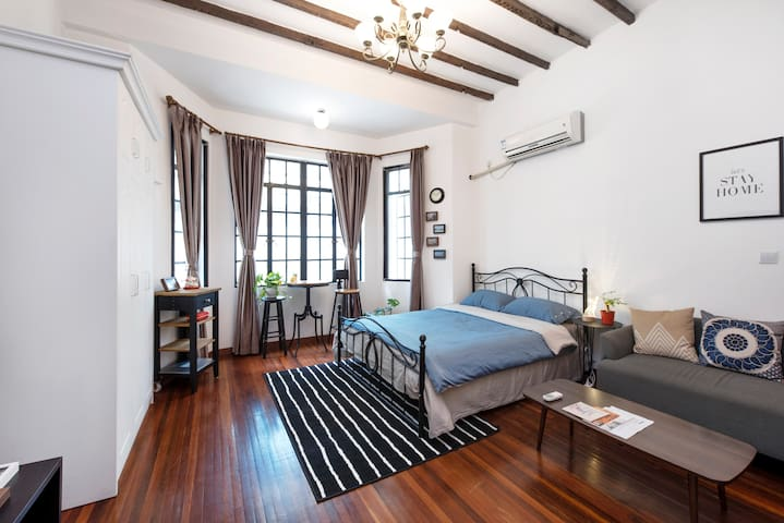 Traditional SH Lane House, 5-min to Jing'An Temple - Jing'an - Appartement